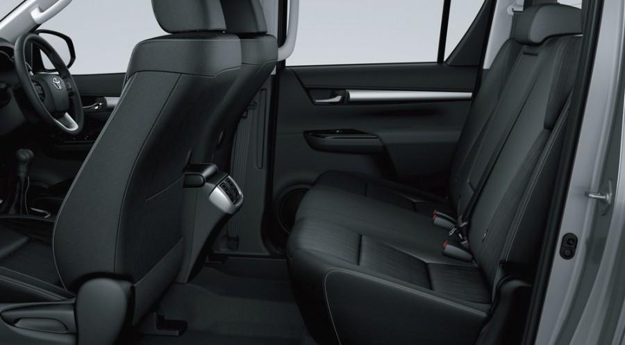 Задние сиденья Toyota HiLux